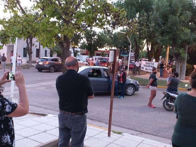 AUDIO: Médico de Chazón murió por Covid-19: el pueblo lo despidió