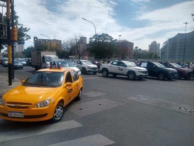 FOTO: Protestas contra Fiat por fallas mecánicas en 300 vehículos