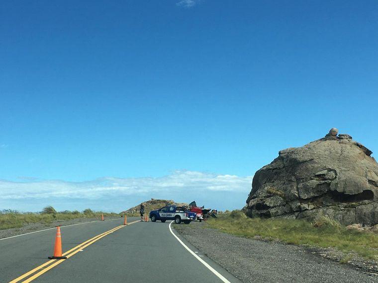 FOTO: Volcó un camión en el Camino a las Altas Cumbres