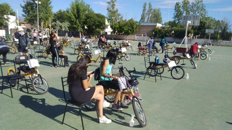AUDIO: La Fundación Jean Maggi entregó 50 bicicletas