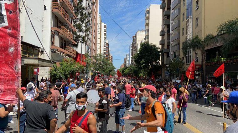 FOTO: Movilización en Córdoba de organizaciones sociales