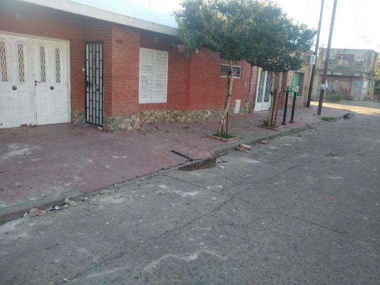 FOTO: Una mujer fue asesinada por un vecino en barrio Yofre Sud.