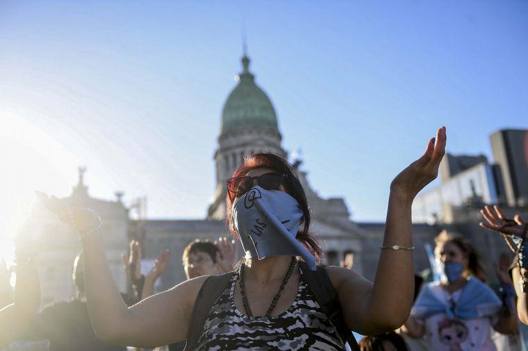 FOTO: La marcha celeste, este jueves en inmediaciones del Congreso.