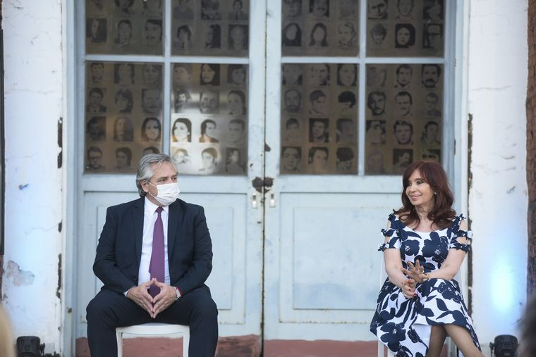 FOTO: Alberto Fernández y Cristina Kirchner asistieron a un acto en la ex Esma.