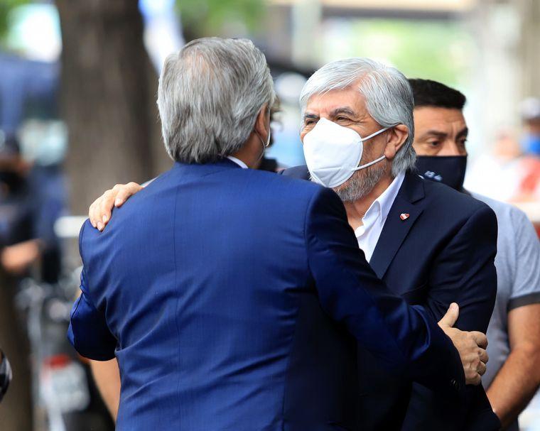 FOTO: Alberto Fernández elogió a Hugo Moyano y lo llamó compañero.