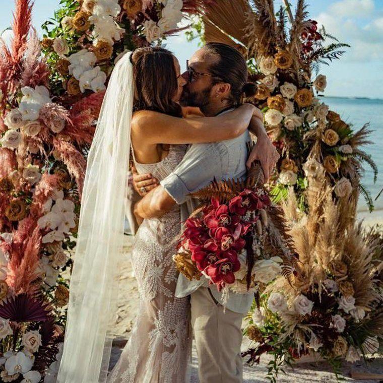 FOTO: Diego Torres sorprendió a todos al anunciar que se había casado