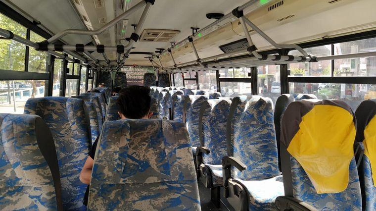 FOTO: El transporte interurbano regresó a Córdoba tras ocho meses sin funcionar.