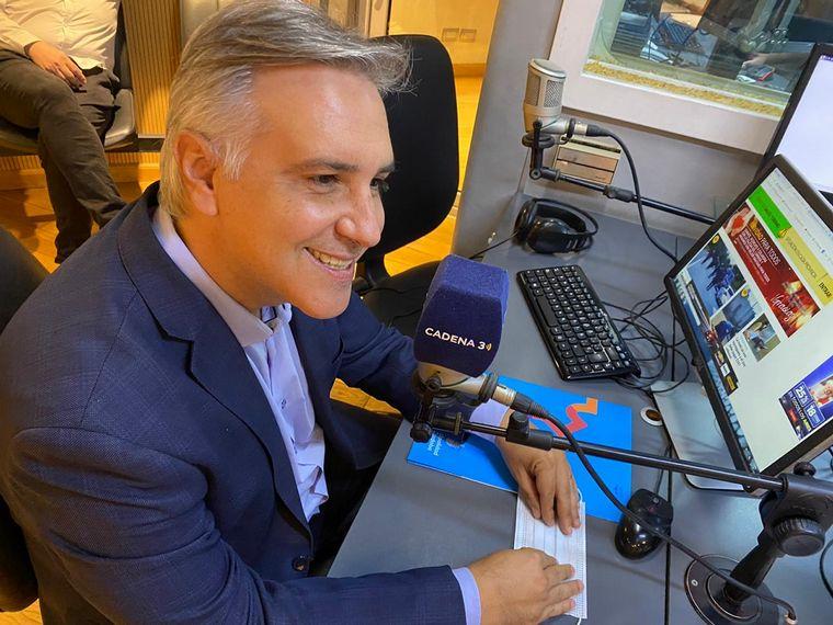 FOTO: Martín Llaryora visita Cadena 3 y dialoga con Siempre Juntos.