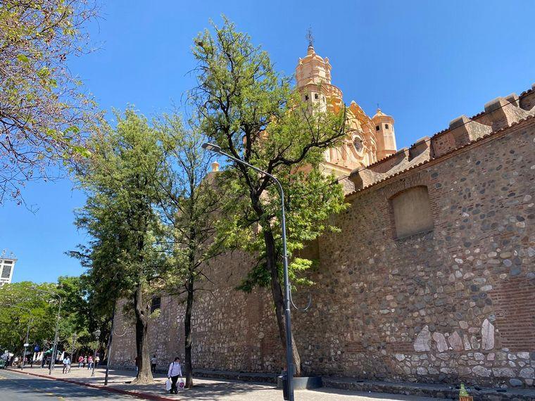 AUDIO: Un paseo por 5 puntos clave en la Gran Manzana de Córdoba