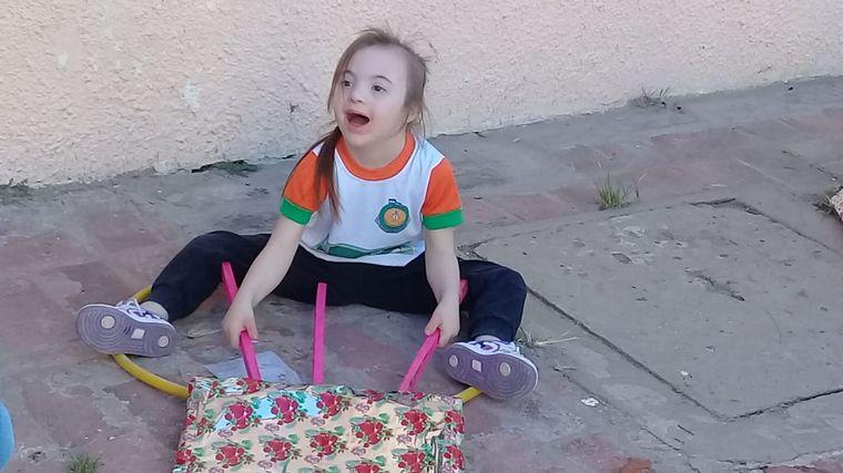 FOTO: Campaña para apadrinar a un niño en Navidad
