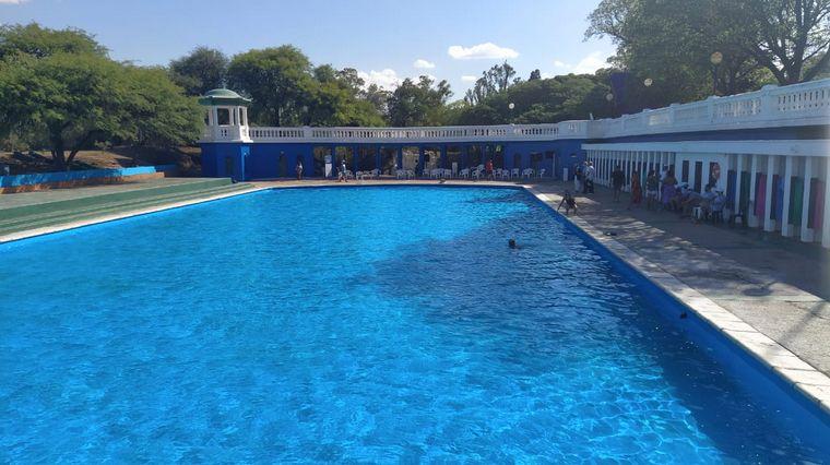 FOTO: El Natatorio Parque Sarmiento se alista para la temporada con protocolos.