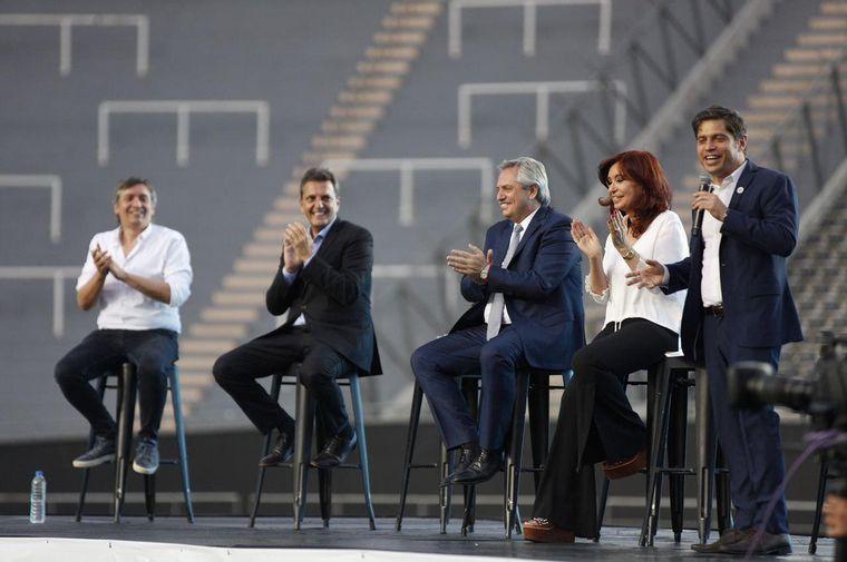 FOTO: Alberto Fernández y Cristina, juntos en un acto de Kicillof
