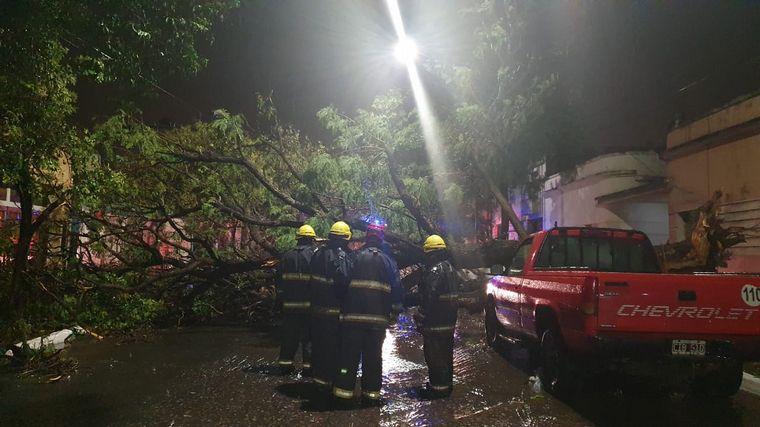 FOTO: Lluvia de noche en Córdoba capital
