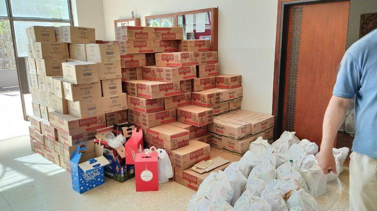 AUDIO: Empezó la distribución de bolsones navideños de la Iglesia: duplicaron lo esperado