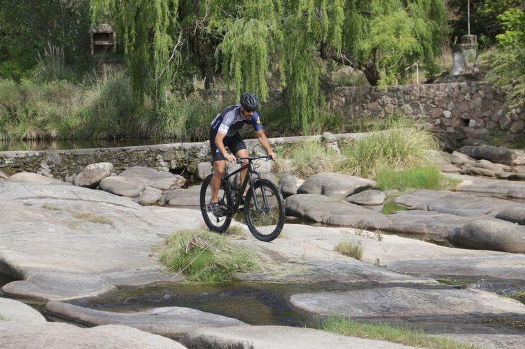 FOTO: Un camino diferente: de Cabalango a Cuesta Blanca en bici