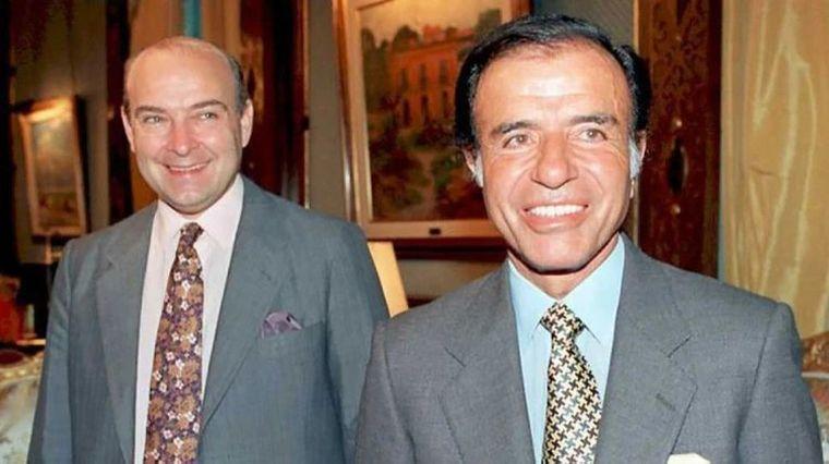 FOTO: Menem, junto al por entonces gobernador santacruceño, Néstor Kirchner.