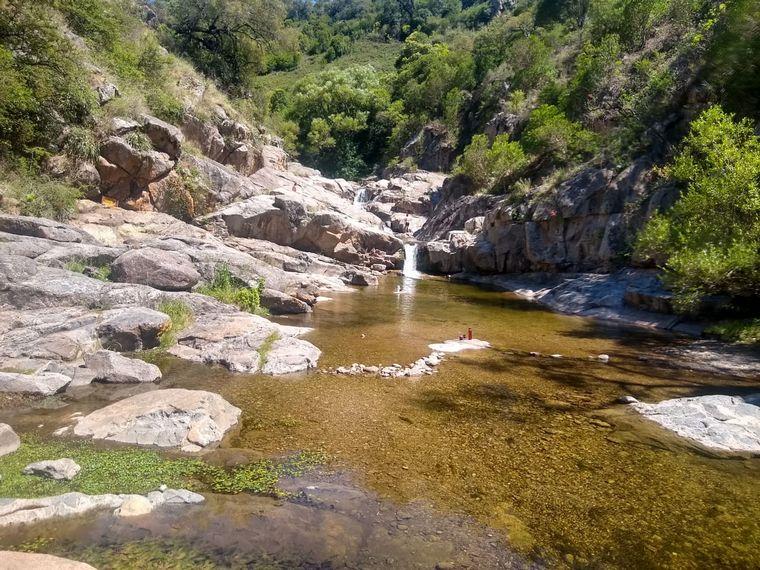 FOTO: Ascochinga y su maravilloso río entre montañas