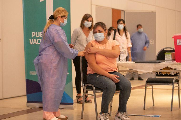 AUDIO: Llegó a Córdoba la segunda tanda de vacunas Sputnik V