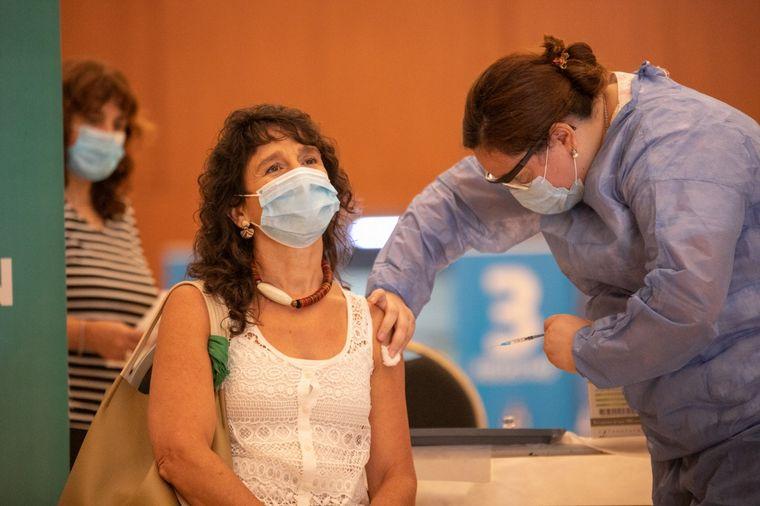 AUDIO: Comienza la vacunación de la segunda dosis de la Sputnik V en Córdoba