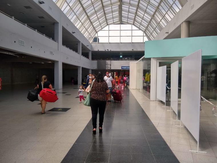 AUDIO: Fuerte operativo el fin de semana en la Terminal Dellepiane de Buenos Aires