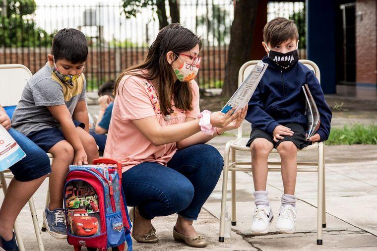 AUDIO: Una escuela de verano que da clases de apoyo escolar
