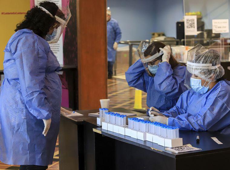 FOTO: Más de dos millones de personas son pacientes recuperados en el país.