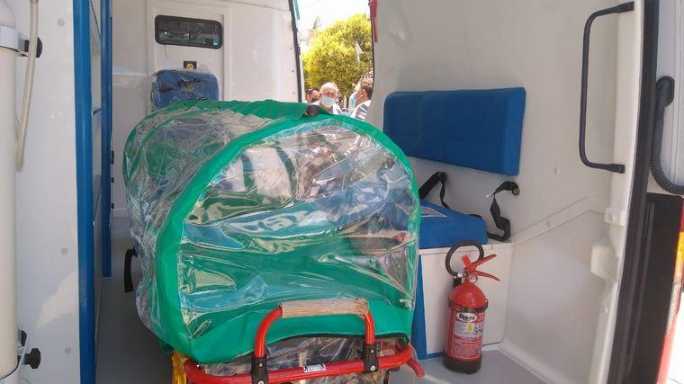 FOTO: Tanti suma una nueva ambulancia y un camión cisterna a su flota