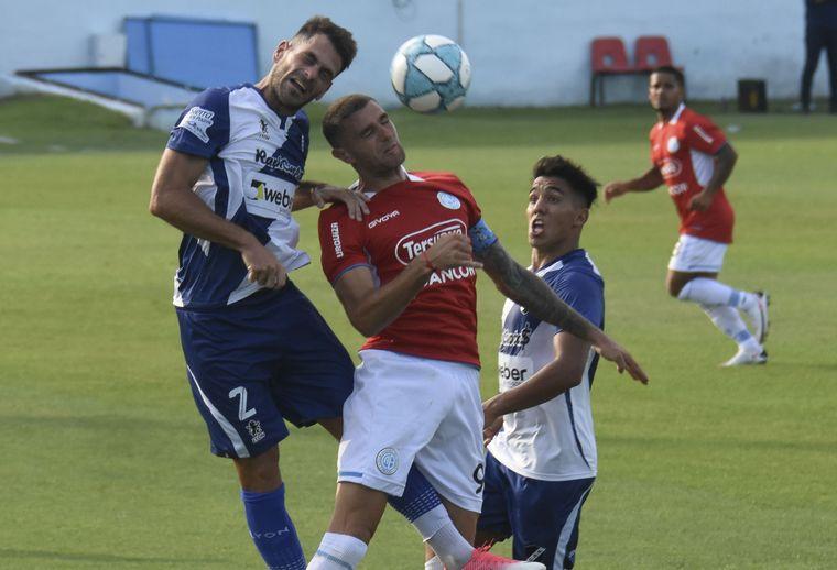FOTO: Belgrano no logró clasificar y empató 2-2 con Alvarado