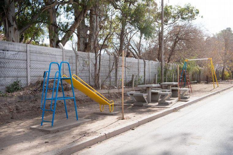 FOTO: Inauguraron obras de infraestructura en barrio Villa La Tela
