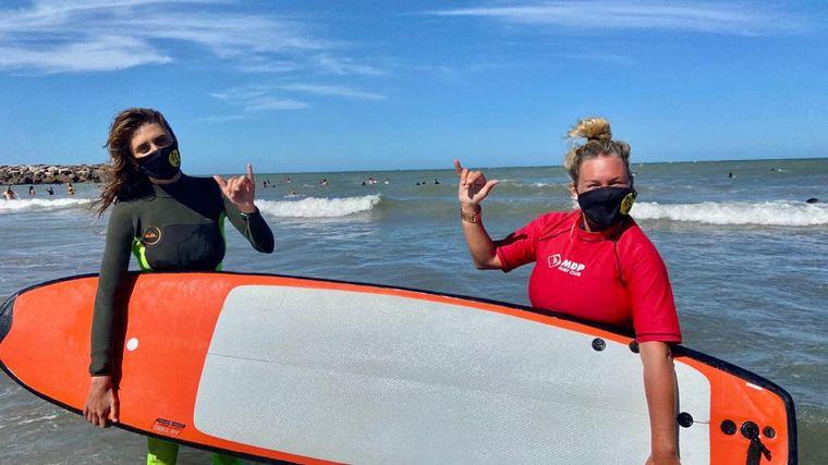 AUDIO: Celeste aprendiendo a surfear en Mar del Plata