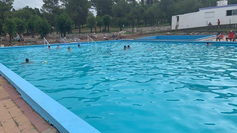 FOTO: La gran pileta del Camping Municipal de Villa del Dique