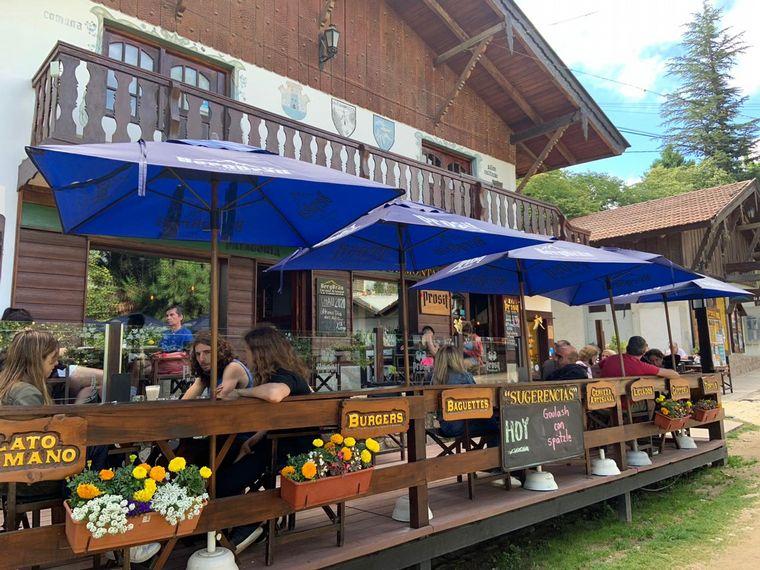 FOTO: La locales gastronómicos con típico estilo alemán.