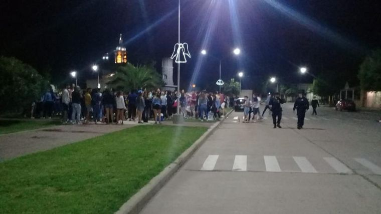 FOTO: Desarticularon varias fiestas clandestinas en Córdoba.
