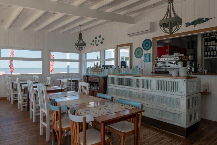 AUDIO: Atlántico: el sueño de desayunar frente al mar de Pinamar