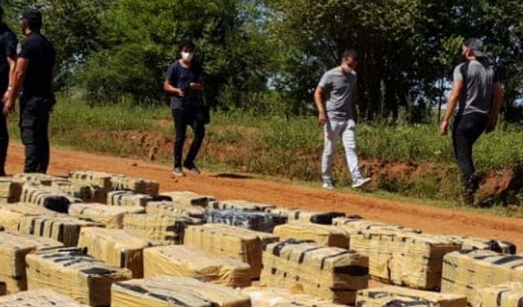 FOTO: Misiones: secuestraron más de cuatro toneladas de marihuana (Foto: @MisionesPolicia)