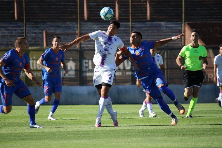 FOTO: Fue por 2 a 1 en el estadio de Platense.