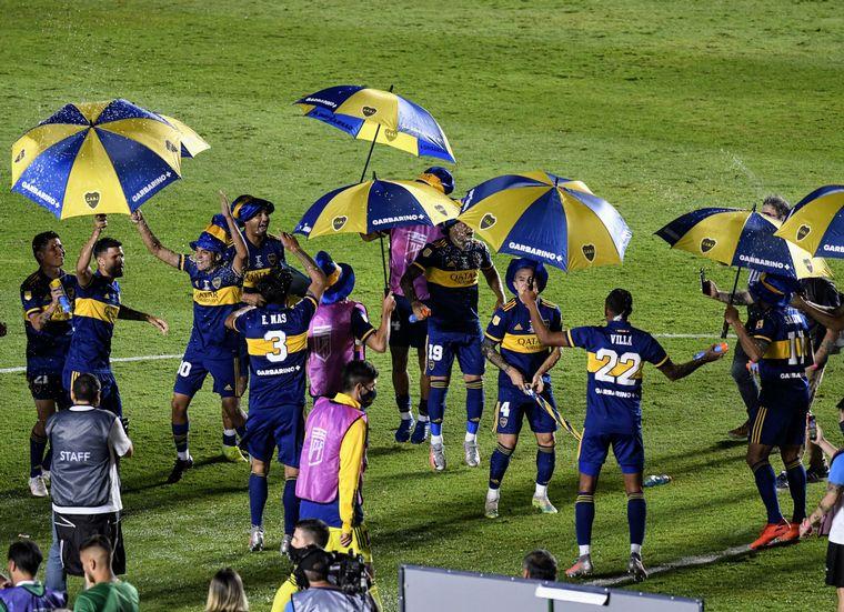 FOTO: Boca se consagró campeón de la Copa Diego Maradona por penales ante Banfield