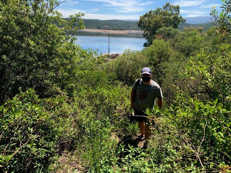 FOTO: Matías Arrieta practicó senderismo en Villa de las Rosas