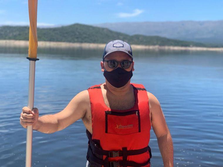 FOTO: Una tarde a puro kayak en el dique La Viña