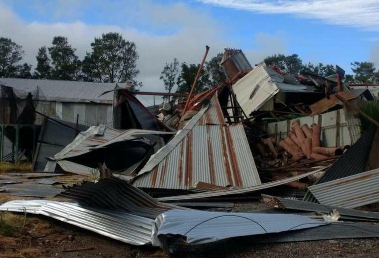 FOTO: En Wenceslao Escalante también se registraron daños por el paso del tornado