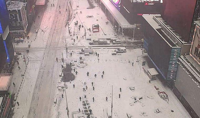AUDIO: Un fuerte temporal cubrió de nieve a Nueva York