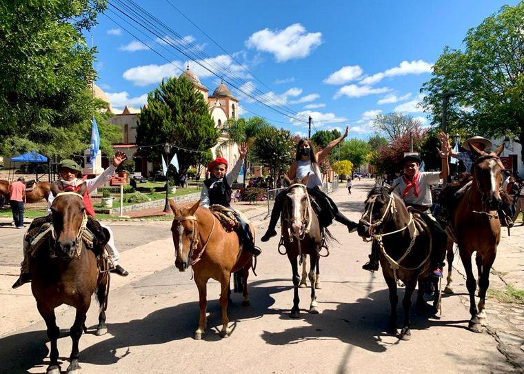 FOTO: Euge Iérmoli en la octogésima edición de la Fiesta Tulumbana