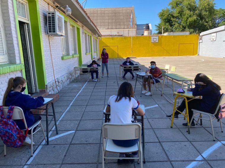 AUDIO: Colegios en Córdoba iniciaron la revinculación con alumnos