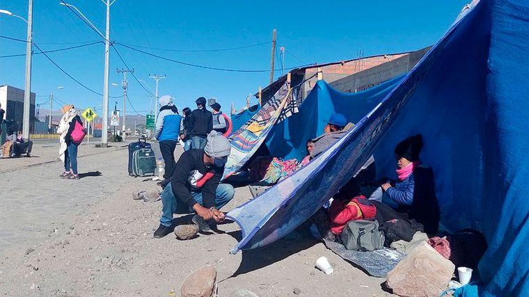 FOTO: Crisis humanitaria en Venezuela desborda pueblos chilenos