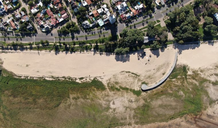 FOTO: Aumentó el caudal del río Paraná tras las lluvias.