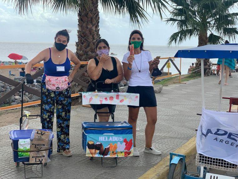 FOTO: Un paseo único a pedal en la costanera de Miramar