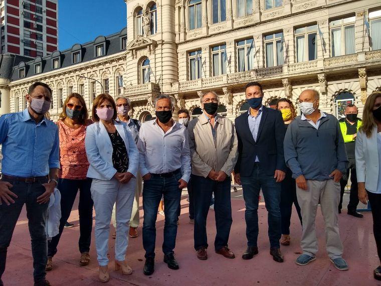 FOTO: Movilización abierta en Buenos Aires de Juntos por el Cambio por la vuelta a clases