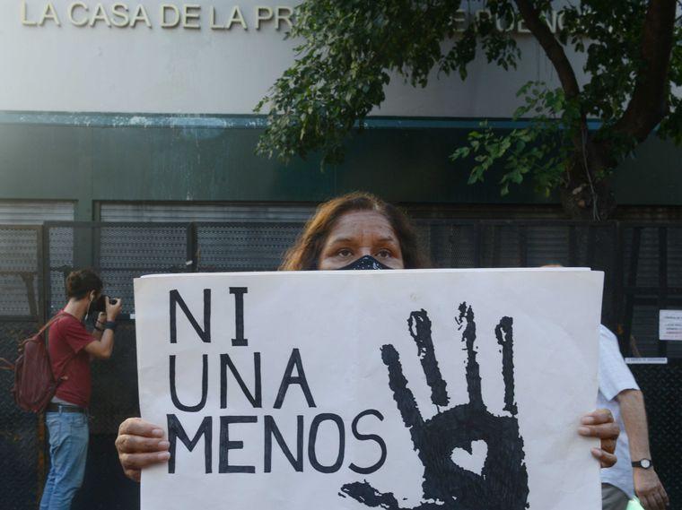 FOTO: Exigieron justicia por Úrsula frente a la Casa de la Provincia de Buenos Aires.