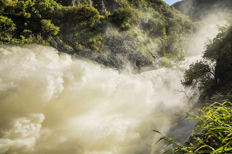 AUDIO: Abren las válvulas del Dique San Roque