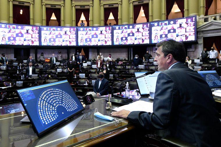 FOTO: El proyecto que eleva el Impuesto a las Ganancias es impulsado por el oficialismo.